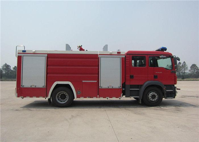 Water 5684L Light Fire Truck Gross Weight 15330kg Four - Stroke
